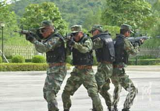 广西崇左公安边防支队举行缉毒成果汇报展